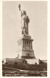 Statue of Liberty full